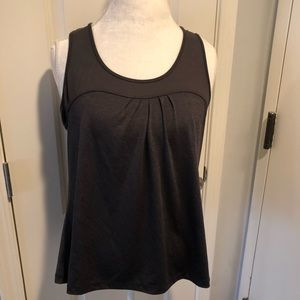 Old navy exercise top size L